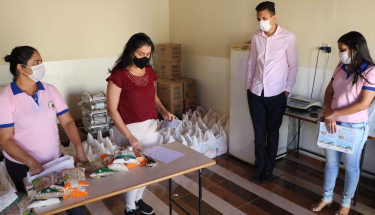 Comitê Municipal Intersetorial se reúne para tratar sobre a distribuição dos Kits da merenda escolar.