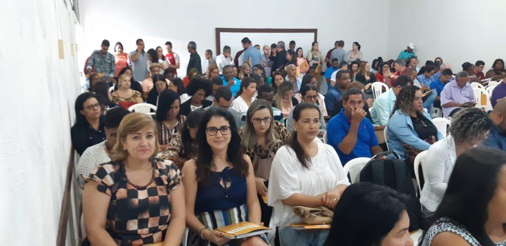 Coordenadora do PAA Leite de Ibiassucê participa de alinhamento técnico em Feira de Santana